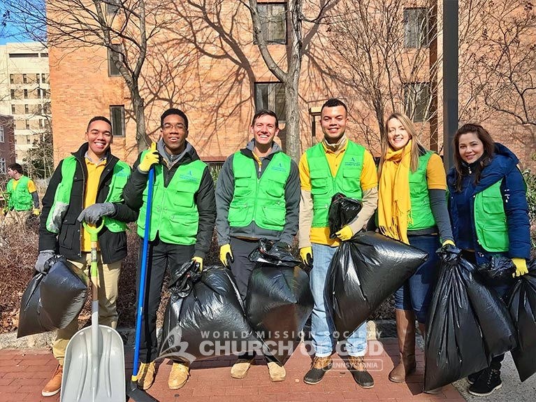 World Mission Society Church of God, WMSCOG, volunteers, temple university, cleanup, environment, students, college, trash, litter, garbage, volunteerism, Philadelphia, PA